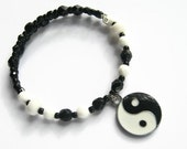 Yin Yang Bracelet, Snow Quartz Stacking Bracelet, Black & White Boho Bracelet, Enamel Memory Bracelet, Czech Crystal Bracelet, READY To SHIP
