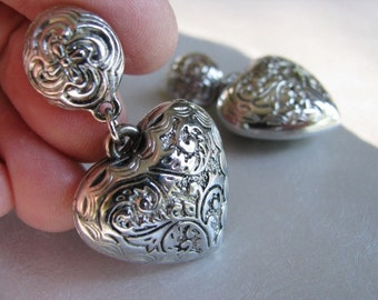 Vintage Silver Plated Puffed Heart Post Earrings - Silver tone Stud Earrings