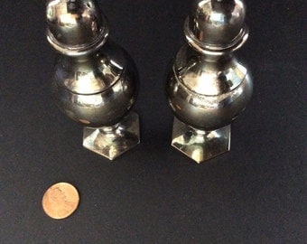 Vintage Silver Plate Salt/Pepper Shakers