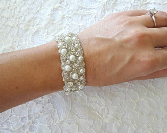 HOLLY Hand Beaded Bridal Bracelet