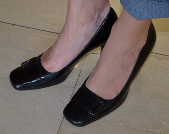 Black Leather Heels, Women's Shoes Size 6, Vintage Bandolino Black Leather Ladies' Pumps, Secretary, Office