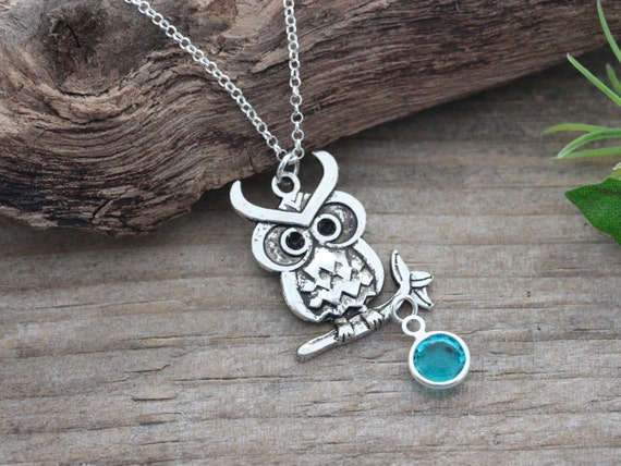 Owl Necklace, Bird Necklace, Personalized Birthstone OR Pearl Necklace . Owl Jewelry, Graduation gift, lawyer gift, Doctor Gift