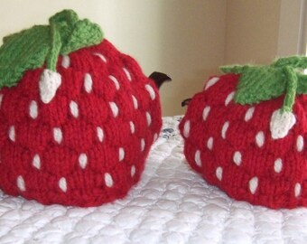 Knitting Pattern–Spouted Strawberry Tea Cozy, knit strawberry fruit leaves spout tea cozy PDF pattern