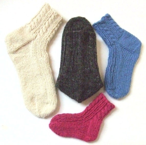 Aran Sock Knitting Pattern : Knitting Pattern Cabled Family Socks cabled aran ribbed