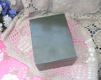 Vintage file Index box Dark Green and Metal / Great for Office ,Recipe Box Or Other Treasures