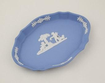 Blue and White Wedgwood Jasperware Oval Shaped Dish Cherub and Dog Design with Shaped Outer Pattern Matt Ceramic