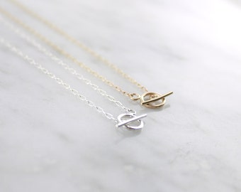 Tiny toggle chain necklace - gold silver - minimal simple chain - clasp necklace - dainty everyday illusy