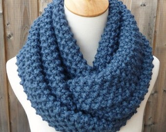 Denim Wool Infinity Scarf - Medium Blue Wool Infinity Scarf - Lambswool Scarf - Bulky Knit Scarf - Circle Scarf - Ready to Ship