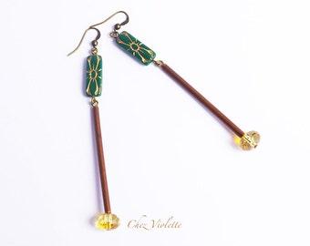 Long minimal green earrings / modern geometric industrial jewelry / everyday glass bead earring dangle