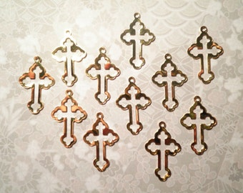 12 Goldplated 23mm Gothic Style Cross Charms