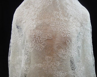 Ivory Lace, corded  Lace, Ivory And Gold Lace, Lace Fabric  (C9)