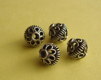 4 Fancy Saucer Wire Ornamented Spacers / Beads, Oxidized Sterling Silver .925, 7.8x8.5mm, SP216