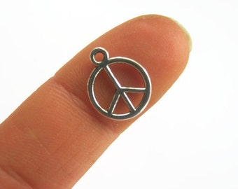 10 Tiny Peace Sign Charms  Antique Silver 15mm x 12mm, Jewelry Supply, AES09