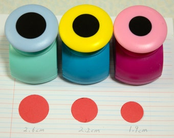 A Circle Paper Punch (Pick 1): 2.6cm, 2.2cm, or 1.9cm in diameter