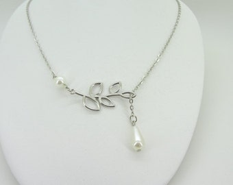 Fashion Silver plate temperament collarbone chain Water leaves pearl necklace