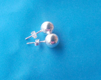 Sterling Silver Ball earrings 10mm
