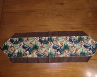 Table Runner - Bucks & Does