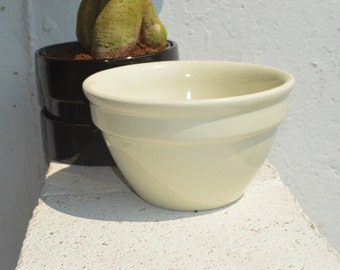 Hall Crock Bowl, Made in U.S.A.