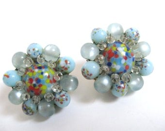 Vintage 1950s JAPAN Blue Pearl Moonglow Bead ART GLASS Multi Color Speckle Cabochon Cluster Clip Back Earrings Mid Century Fashion Jewelry