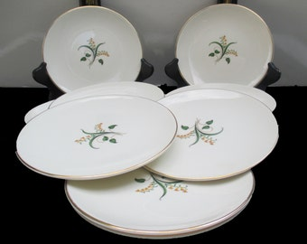 Knowles China Accent Shape - Forsythia Pattern - Freda Diamond Design - Set of 4 Bread and Butter Plates  (10 Sets Available)