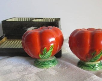 Japan  Salt & Pepper set Ceramic Tomatoes with original box Old stock