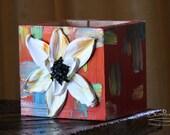 Countertop Kitchen Utensil Storage - Red w/ White Flower - Item #63B