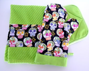 Day of the Dead Sugar Skulls Chartreuse Green Trim Oven Mitt Pot Holder Set with optional towel