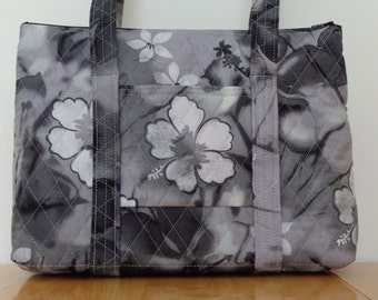 Black Grey White Flowered Print Quilted Purse