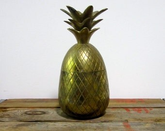 Large Pineapple Box