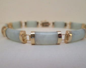 Gorgeous Light Green Jade and 14K Gold Bracelet