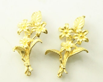 2pcs of brass  two loop bouquet charm 40x20mm-1708-raw brass