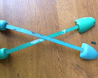Vintage Shoe Stretchers/Shoe Forms/Shoe Shapers/Green and Blue/Metal and Wooden.