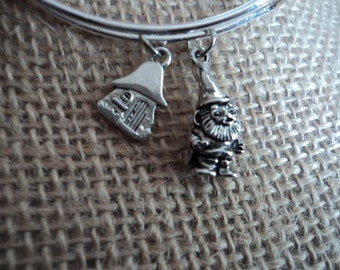 Gnome bracelet