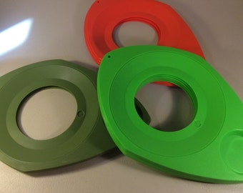 Retro Plastic Paper Plate Holders, Orange and Green Paper Plate Holders, Picnic Plates