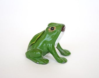 Miniature Frog Figurine - Tiny Frog - Frog Decor - Green Frog - Frog Gift - Metal Frog - Small Frog - Miniature Figurine - Toad