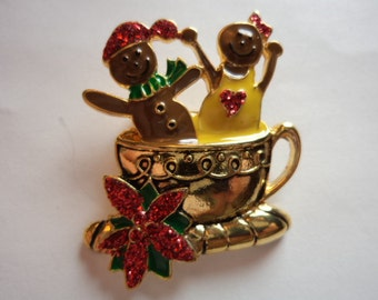 Vintage Unsigned Goldtone Gingerbread Boy/Girl in Teacup Brooch/Pin