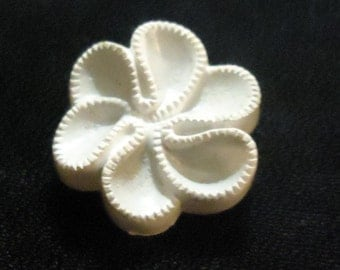 Buttos Vintage White Scroll Grey Set of 9 Shank Buttons