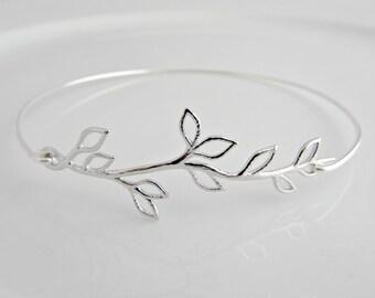 Leaf Bracelet, Silver Leaf Bangle, Bridesmaid Gifts, British Seller UK, Stacking Bracelet, Girl Gifts, Grecian Bracelet, Vine Leaf Bangle