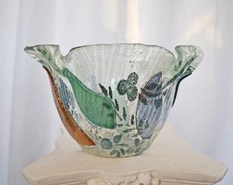 Beautiful Art Glass Bowl