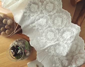 vintage cotton lace trim with eyelet , scallop bridal wedding lace trim , floral embroidered lace trim
