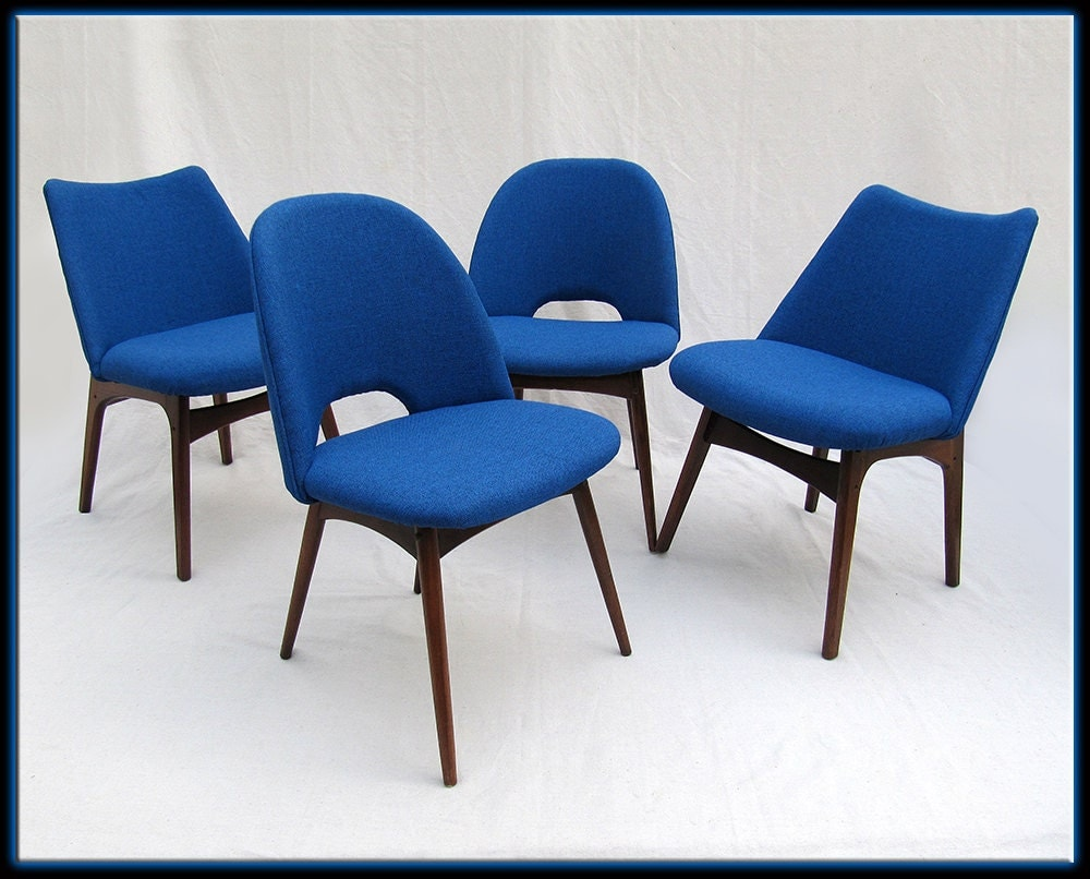 4 blue adrian pearsall scoop dining side chairs new foam for Designer chairs from the 60s