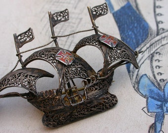 antique sterling silver boat caravel small, fast Spanish or Portuguese sailing ship Maltese cross enamel religious cross