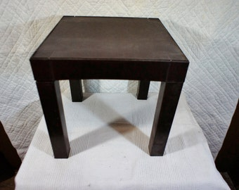 Vintage Plastic Parsons Table Retro Side Table Stacking Removable Legs Dorm Room Poolside 14x14 14 cube table end table