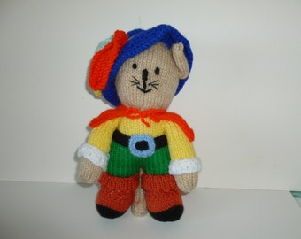 Puss in Boots knitted doll