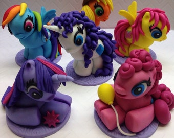 Fondant Pony Cupcake Toppers, Pony Birthday, Pony Party, Rainbow Pony, Fondant Unicorn, Fondant Pegasus, Fondant Pony, 3D Pony, Edible