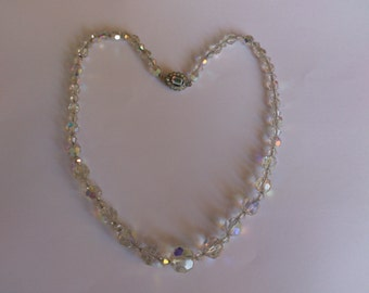 vintage crystal/glass faceted bead necklace