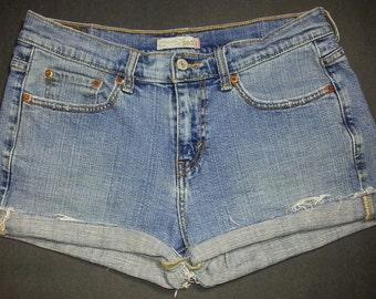 Vintage LEVI'S 505 Light Blue High Waisted Cut Offs Cuffed Denim Jean Shorts W 32