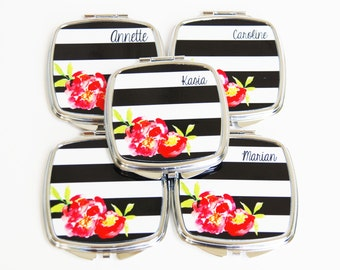 Personalized Compact Mirror - Bridesmaid Gift - Personalized Bridesmaids Gifts - Compact Mirror - Bachelorette Gift - Compact Mirorrs
