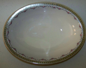 Lorenz Hutschenreuther Selb Bavaria Antique Favorite Series Oval Serving Bowl