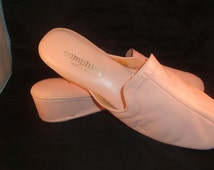 Vintage OOmphies Granada Pink Leather Slippers/ Shoes(1980S) Size 10